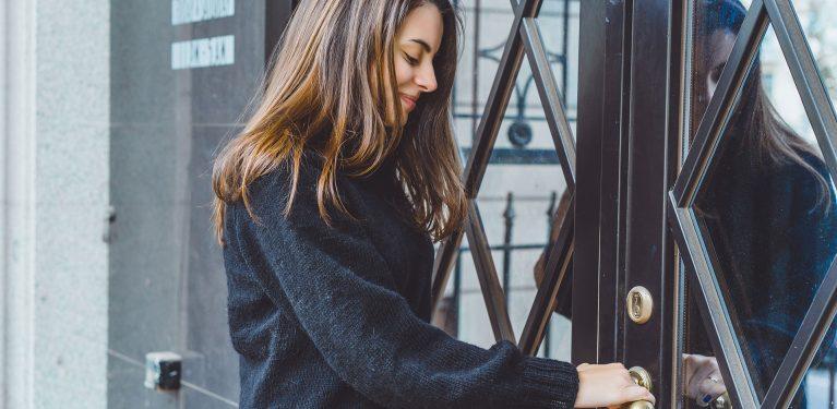 girl-opens-door-frpk-363